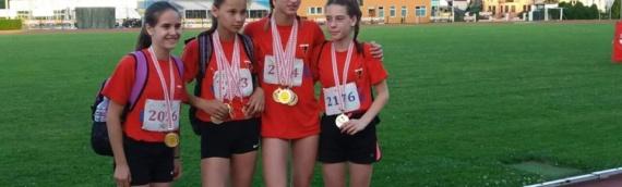 Nove medalje za Melani