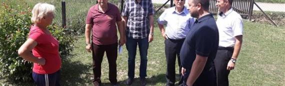 Borovo-Petrovo: Uručena pomoć porodici Mijić koja je pretrpela veliku štetu u nedavnoj poplavi