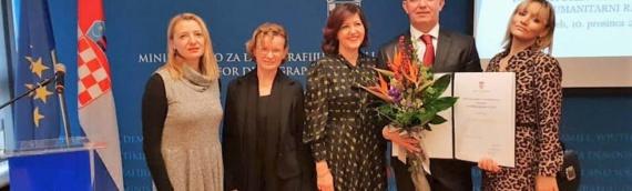Državna nagrada za humanitarni rad uručena Željku Đekiću