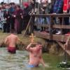 Plivanje za Časni krst u Trpinji