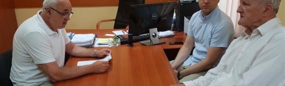 Župan Božo Galić obišao vukovarske škole stradale u nevremenu i posetio Opštinu Trpinja