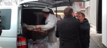 """Iz Borova otpremljena humanitarna pomoć za Bogosloviju """"Sveta Tri Jerarha"""""""