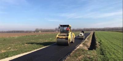 Borovo: Asfaltirana još jedna deonica tzv. crnog puta