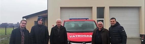 Dobrovoljno vatrogasno društvo Borovo kupilo novo vatrogasno kombi-vozilo