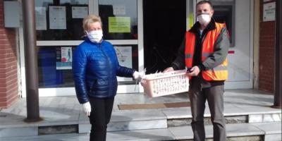 Melanija Tifert donirala Opštini Borovo 110 pamučnih maski