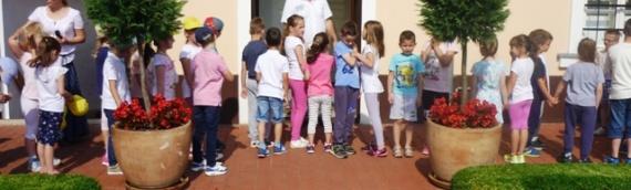 Mališani iz Vukovara posetili rodnu kuću Milutina Milankovića