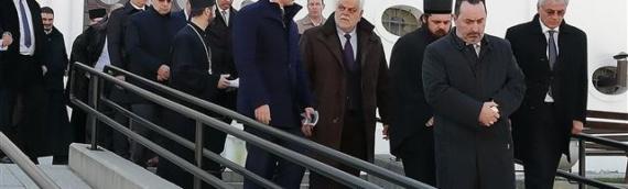 Gradonačelnik Novog Sada Miloš Vučević posetio srpsku zajednicu u Vukovaru i Dalju