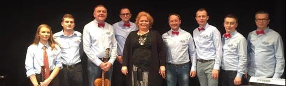 Dunavske zore učestvovale na solističkom koncertu Aleksandre Padrov u Sremskoj Mitrovici