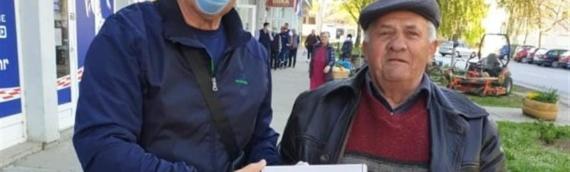 Veće srpske nacionalne manjine VSŽ podelilo zaštitne maske i pakete semena SNV-a