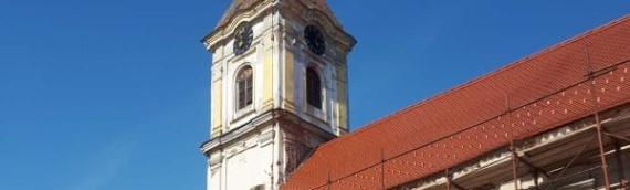 Šarengrad: Osvećenje obnovljenog pozlaćeng krsta