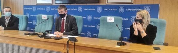 Vukovarski penzioneri dobiće božićnice od 100 do 250 kuna: Isplata počela danas
