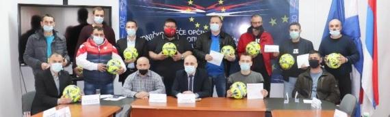 ZVO:  17 fudbalskih klubova s našeg područja dobilo poklon bon od tri hiljade kuna