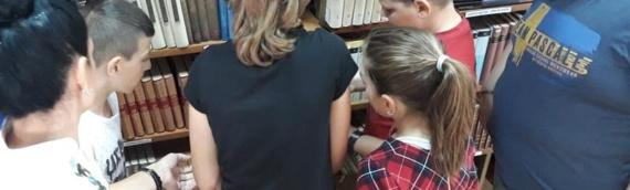 Mališani iz Borova u potrazi za knjižnim blagom