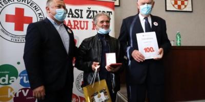 Vinkovci: Župan uručio priznanja višestrukim dobrovoljnim davaocima krvi