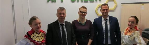 U Vukovaru otvorena prva punionica meda na području Vukovarsko-sremske županije